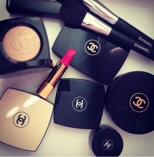 71095-Chanel-Makeup